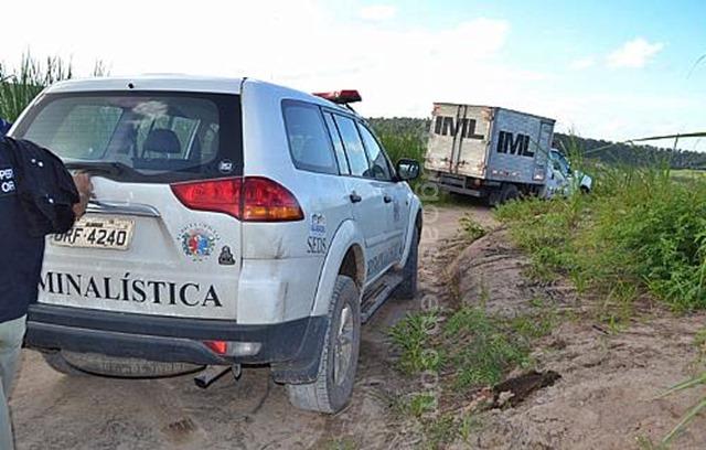 Polícia encontra duas ossadas humanas após denúncias