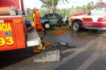 Morre segunda vítima de grave colisão de carro em árvore em Penedo