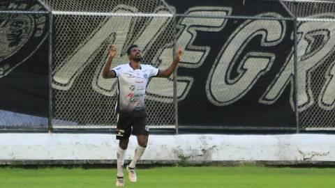 Alvinegro vence Itabaiana por 2 x 0 em Arapiraca
