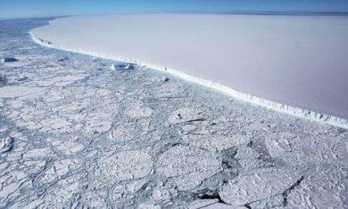 _107850234_iceberg3
