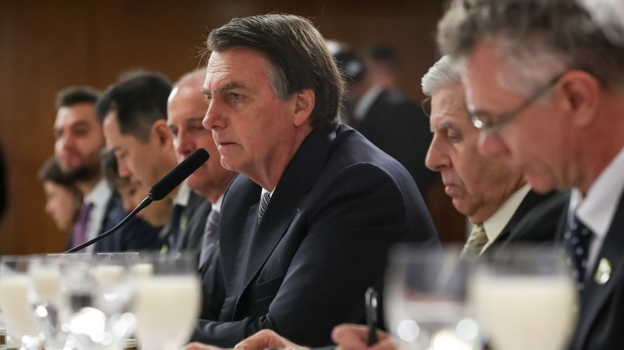 "Em vídeo, Bolsonaro chama governadores do Nordeste de ""paraíbas"""