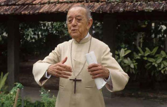 Canonização de dom Hélder avança no Vaticano 20 anos após sua morte