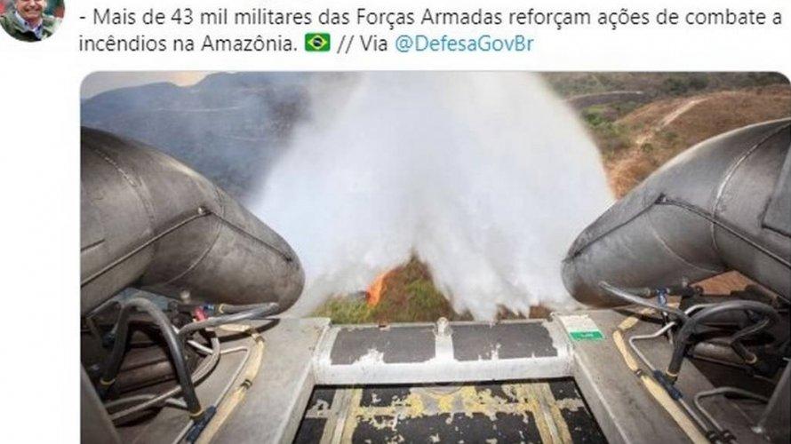 Ministério da Defesa publica foto antiga de combate a incêndio e Bolsonaro compartilha
