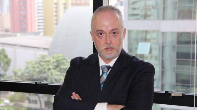 Bolsonaro cria 'situação dramática' ao tentar proteger Flávio, diz ex-procurador da Lava Jato