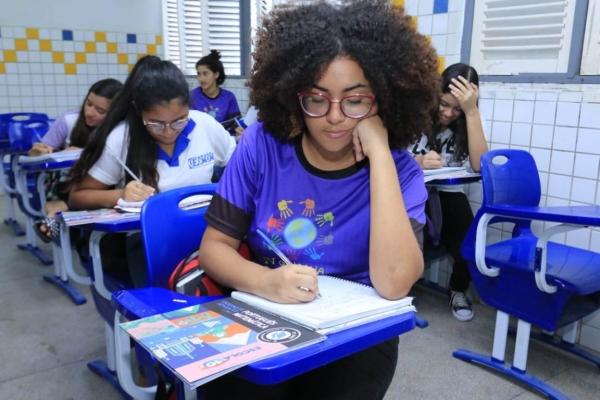 ESCOLA 10 Alagoas reduz abandono escolar pelo 4° ano consecutivo