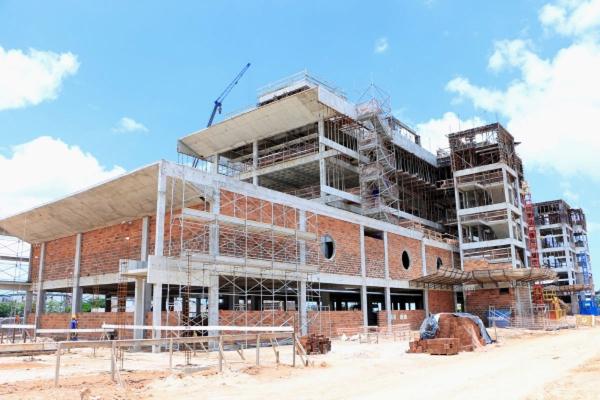 MERCADO DE TRABALHO Investimentos em obras do Estado impulsionam admissões na construção civil em 2019