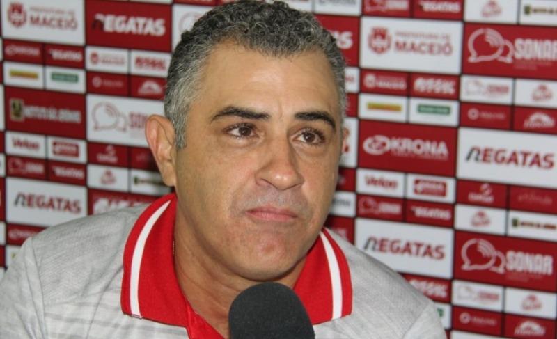 Marcelo Chamusca é demitido do CRB após derrota para o Guarani