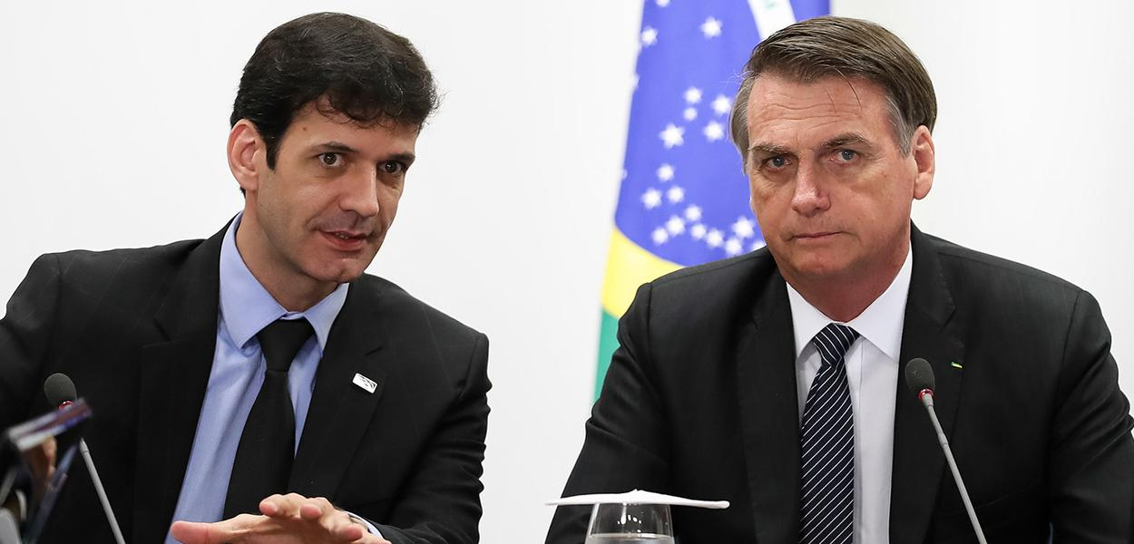Ex-assessor envolve Bolsonaro no laranjal do PSL