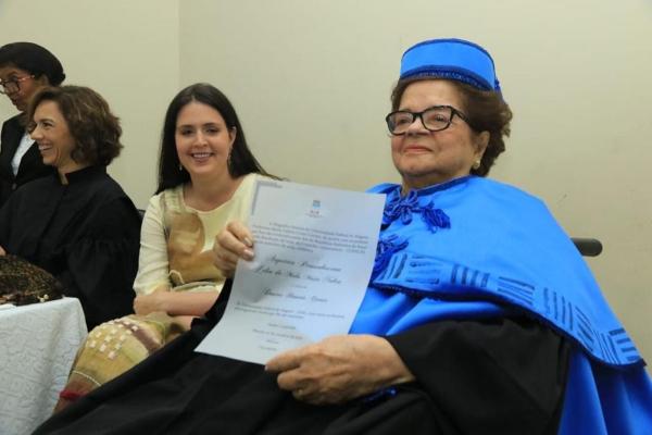 HOMENAGEM Arquiteta Zélia Maia Nobre recebe título de Doutora Honoris Causa da Ufal