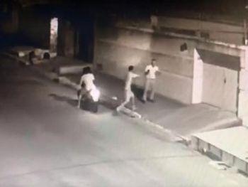 Vídeo Arapiraca: Jornalista é assaltado em frente à sede de TV via internet