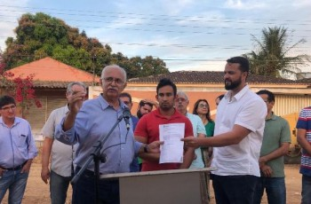 Prefeitura de Arapiraca inicia pavimentação do bairro Massaranduba