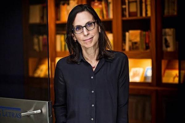 IMPERDÍVEL Aniversário: Arquivo Público traz escritora Lilia Schwarcz em programação especial