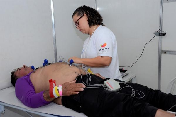 CIDADE DA SAÚDE Primeiro dia do Mutirão de Cirurgias atrai centenas de pessoas ao Clima Bom
