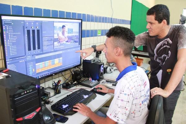 ANO LETIVO 2020 Governo de Alagoas amplia ensino integral para 62 escolas
