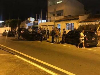 Delegado com suspeita de embriaguez provoca acidente na Pajuçara