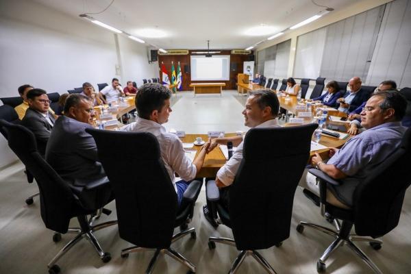 REGIÃO METROPOLITANA Governo e prefeitura de Maceió unem esforços para universalizar saneamento