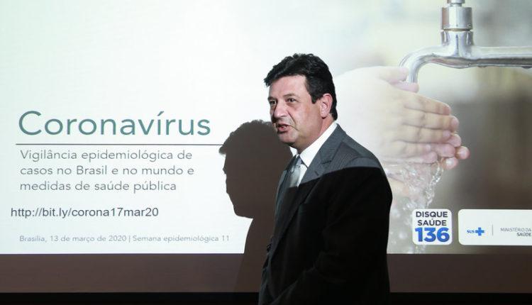 Medo de impeachment levou Bolsonaro a recuar de demissão de Mandetta