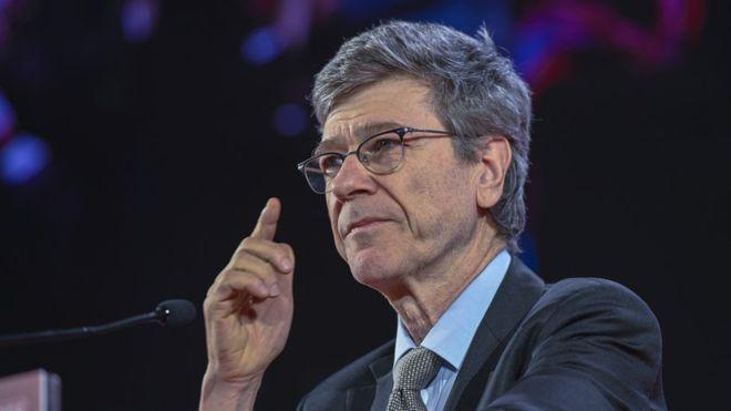 Crise da pandemia no Brasil está mais profunda por causa de Bolsonaro, diz Jeffrey Sachs