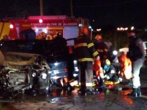 Homem embriagado provoca morte de casal em acidente de trânsito na Via Expressa