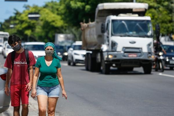 Óbitos de pessoas com menos de 49 anos por Covid-19 já chegam a 23% em Alagoas