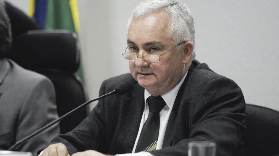 Braço-direito de Augusto Aras não vê provas em vídeo e contesta entrega de celular de Bolsonaro ao STF