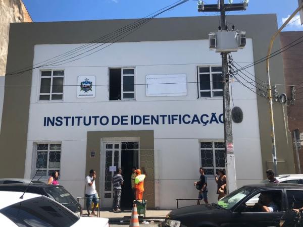 ENSINO MÉDIO Instituto de Identificação realiza atendimento on-line para fornecer número de RG