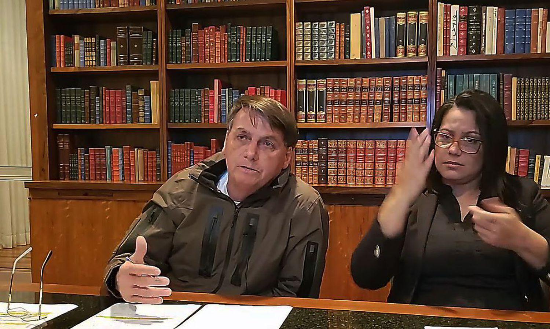 CASO QUEIROZ Trama para esconder Queiroz e ajudar Adriano da Nóbrega joga a milícia no coração da família Bolsonaro