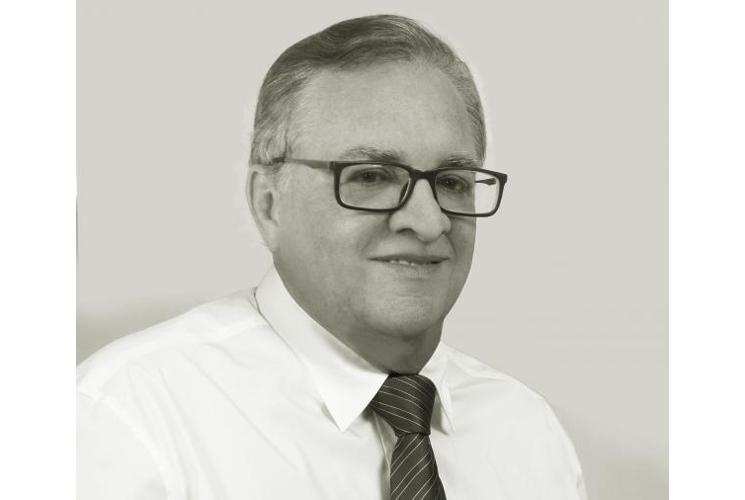 Cortejo fúnebre homenageará prefeito Isnaldo Bulhões; despedida está prevista para às 15h30min desta terça-feira
