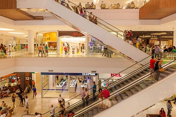 FASE AMARELA Bares, restaurantes e shoppings reabrem na segunda (20) em Maceió; confira as regras