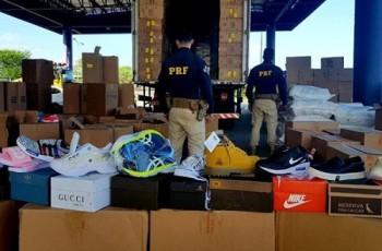 SERTÃO: PRF descobre carga com cerca de 5  mil pares de calcados falsificados