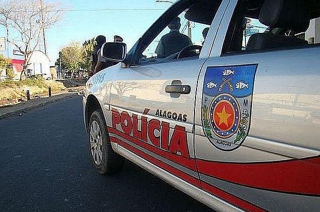 MACEIÓ: Suspeito armado morre após trocar tiros com policiais