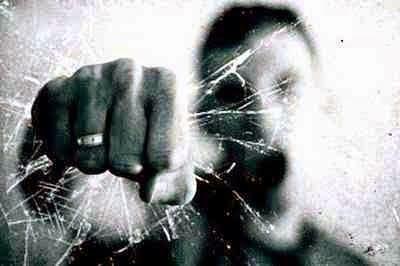 AÇÃO VIOLENTA Para o STJ, soco desferido contra vítima de roubo justifica prisão cautelar