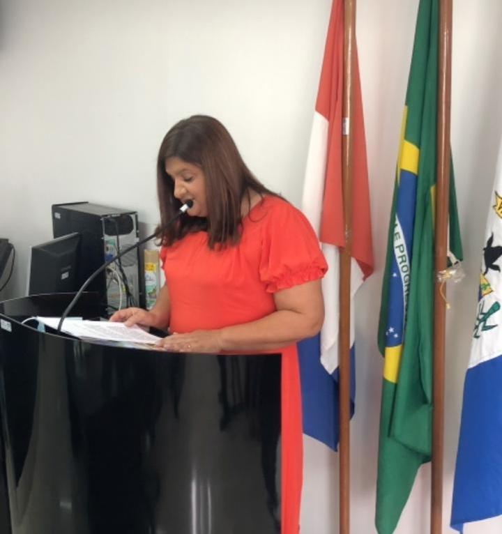 SERTÃO: Prefeita Ziane Costa tomam posse em Delmiro Gouveia
