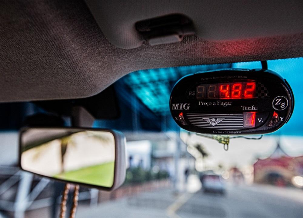 ARAPIRACA: Convocação: Taxistas precisam atualizar verificação de taxímetro