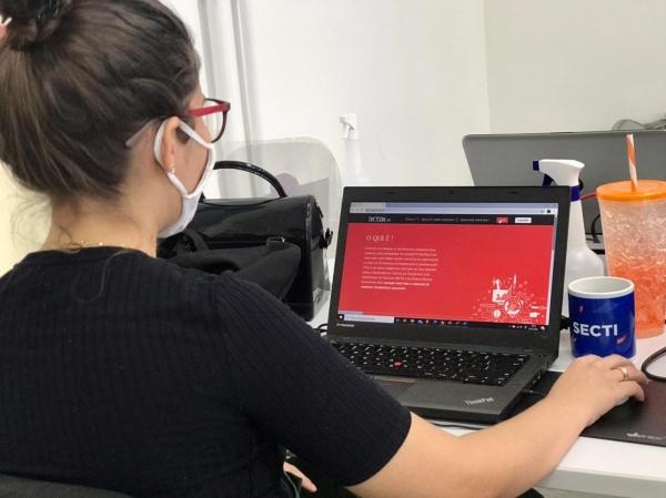 QUALIFICAÇÃO PROFISSIONAL Programa de cursos em tecnologia do Governo alcança mil jovens em apenas 15 dias