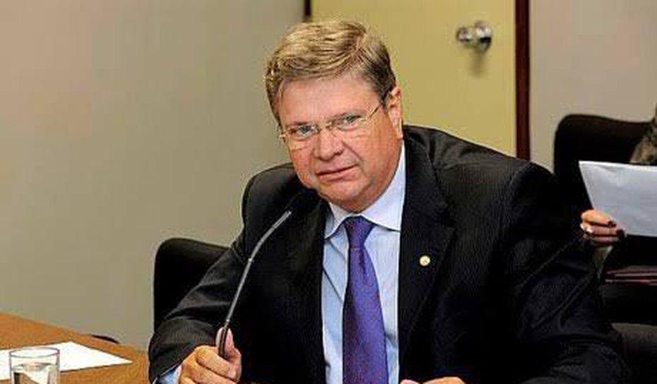 Morre de covid em São Paulo, ex-prefeito de Penedo e ex- secretario de saúde estadual Alexandre Toledo