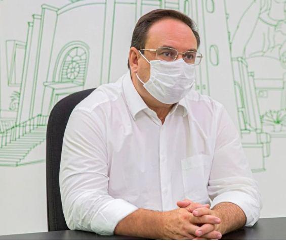 Covid -19 Prefeito de Arapiraca anuncia isenção de 100% do IPTU e da TLF para bares, restaurantes e academias