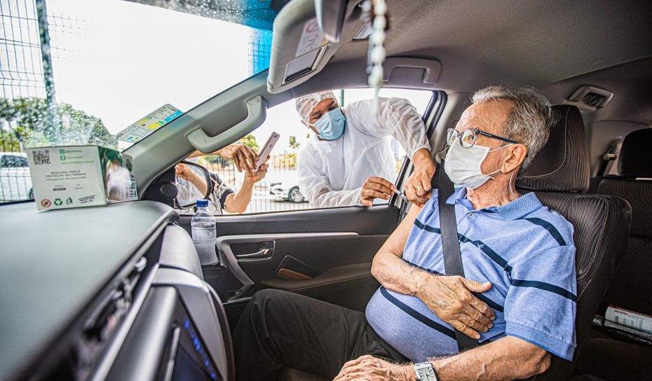 AGRESTE: Idosos de Arapiraca entre 68 e 71 devem ser vacinados nesta-quarta-feira