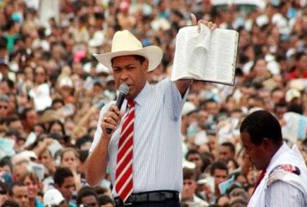 Igreja Mundial quita dívida às pressas para evitar quebra de sigilo de pastor Valdemiro Santiago